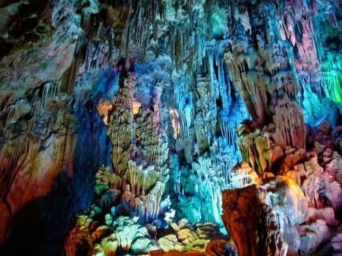 Как возникают карстовые пещеры